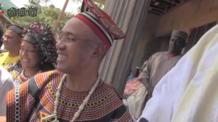 """非洲一个""""奇葩""""部落,女人一个人蹲着生孩子,老公不能见面"""