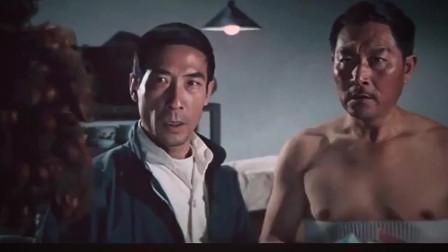 一代宗师霍元甲死于中毒 看李小龙是如何一拳打死下毒凶手。