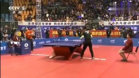 马龙张继科秀恩爱, 活生生把乒乓球打成动作片, 外国人是绝望的