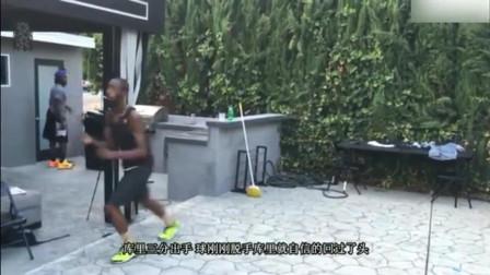 模仿帝最新搞笑视频, 库里和汤普森是怎样打球的_0