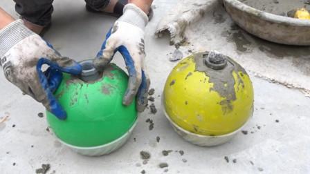 农村小伙把水泥填进球里,看到成品村民大赞是个人才