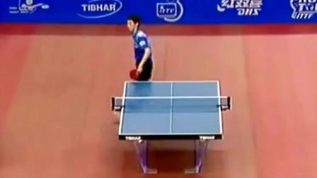 史上乒乓球搞笑的瞬间, 张继科直接拿脚把球踢过去!