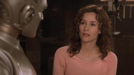 机器人喜欢主人,为了爱情,花了200年改造自己