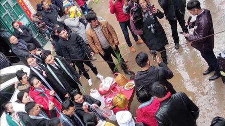 贵州农村婚礼, 新郎的一首歌唱哭新娘, 在场的人都感动了?