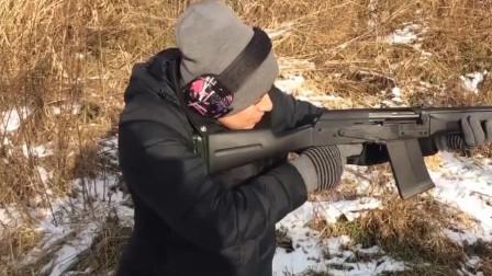 厉害了美女,半自动霰弹枪能打的这么稳!