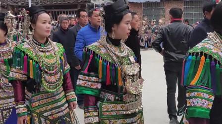 贵州榕江高便村: 春节秀盛装,侗族同胞踩歌堂,场面超级震撼!