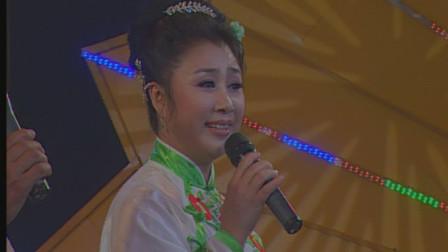 她是《乡村爱情》王老七媳妇扮演者,原来她唱的二人转如此专业!