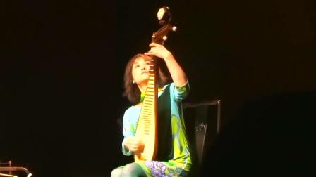 实拍:吴蛮大师的琵琶即兴演奏,蛮好听的