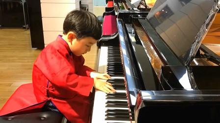 小小钢琴师,应了那句话,自古英才出少年