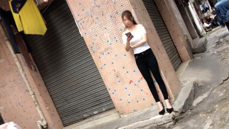 东莞南城城中村,每当去到这种巷子都会有一种亲切感,让人留连忘返