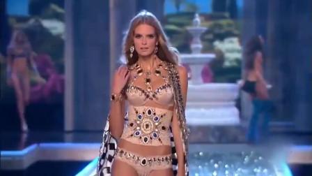 维密超模,昂贵的首饰和服装,女神出场真是让人眼前一亮!