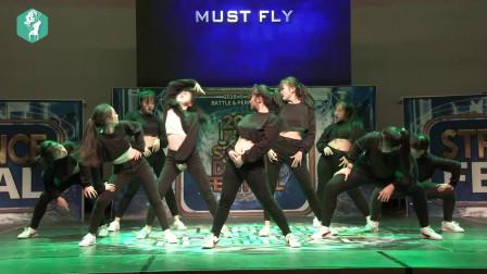 韩国的高中生校园舞蹈大赛,这群韩国青春活泼美少女的舞蹈快赶上专业舞蹈组合了