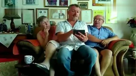 老外在中国:外国小伙把父母接来中国,两人一路赞叹,坦言不想回去了!