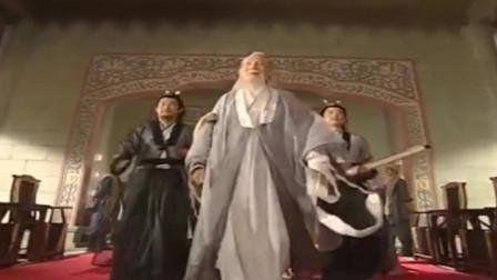 倚天屠龙记:张三丰一般不下山,这回来到明教光明顶,张无忌都得亲自迎接