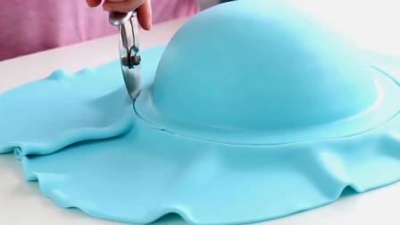 国外达人制作的鲸鱼蛋糕,这也太可爱了吧