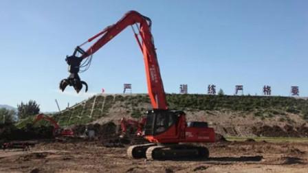 挖掘机用抓斗来拆楼,这效率还不如来一铲子痛快!