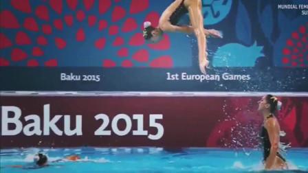 女子花样游泳,姑娘们在水里若隐若现,动作专业,尽显迷人身材