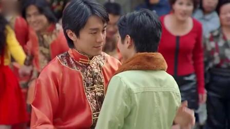 行运一条龙:郑秀文街头跳舞,周星驰眼里尽是柔情!
