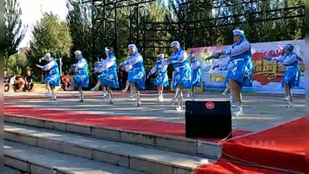 东北松原金钻红日舞蹈队《我爱的姑娘在草原》