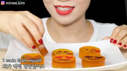 小仙女吃播表情包糖,吃相真好看!