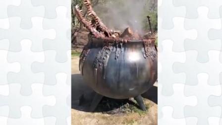 铁锅炖鳄鱼,看着都不敢吃