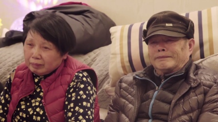 陆庆屹温暖献歌表达内心,在外打拼的日子,最挂念的就是父母