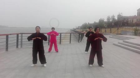 健身气功大舞(潍坊滨海太极拳友演练)