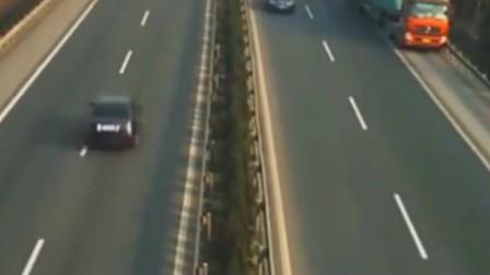 调取监控,交警立马火冒三丈,高速公路发生严重车祸