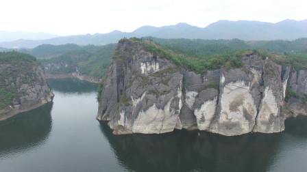 独行天涯海角026, 摩托车走遍中国,小哥带你来贵州双河溶洞看一下