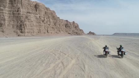 两天一夜骑着摩托车成功穿越新疆哈密大海道无人区,很多感慨!