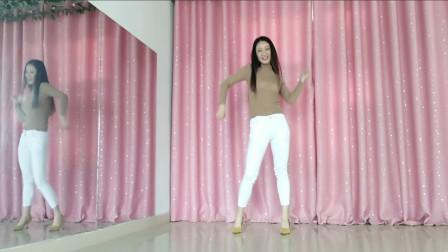 我想低调但实力不允许啊,我跳舞给力不?
