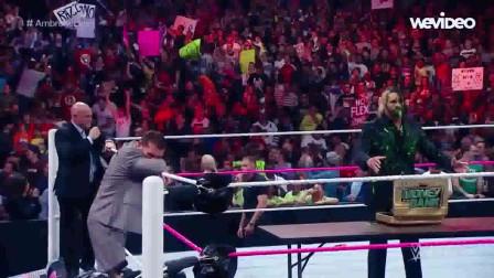 WWE:臭名昭著的罗林斯,只有安布罗斯有法治他,各种被侮辱