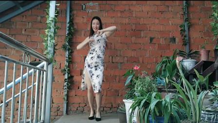 521收到礼物好开心,跳一支舞庆祝下,这舞动感不?