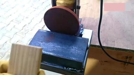 实拍牛人把角磨机改成打磨机,简单好用,创意十足