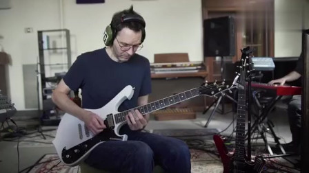 《I Own A Building》录制现场,电吉他大师人已老技术也不嫩