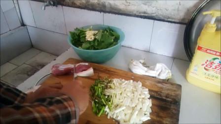 安徽大姐炒的菜 藠头青椒炒肉的做法