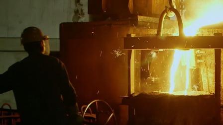 齿轮厂效益差濒临倒闭,员工吃一碗面都要赊账