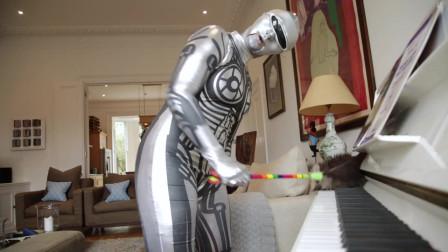 外国人用机器人反映现代人生活