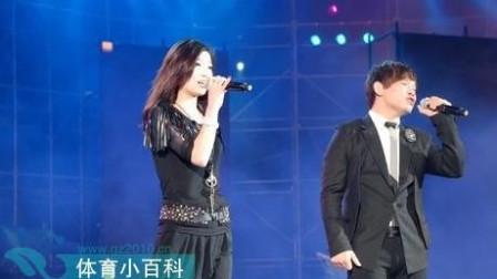 冷漠 杨小曼对唱伤感情歌《心锁 》让多少相爱的人感动的流泪,超好听