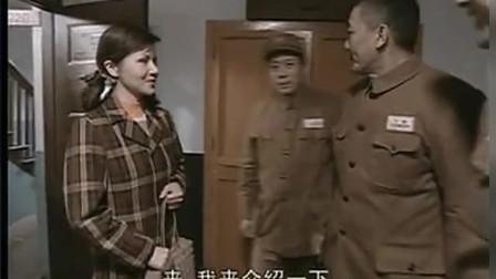 谁知道丁伟耳语的大概内容, 背景: 张白鹿主动去军部找李云龙