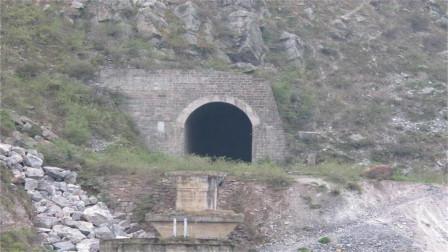"""四川最""""诡异""""隧道!建成12年却无人敢用,司机光听名字就害怕"""