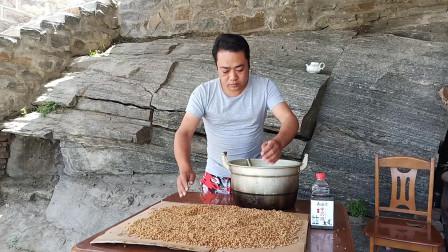 水库野钓很好用的自制小麦钓饵是怎么制作的?这里有完整的过程