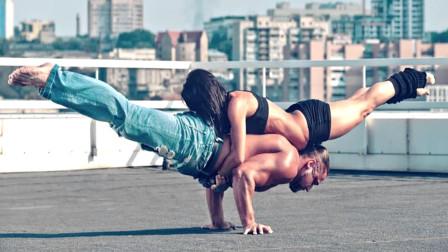这把狗粮撒的好!情侣一起健身撸铁,这才是最美的爱情