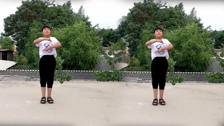 六一儿童节表演舞蹈《东西》跳得真棒