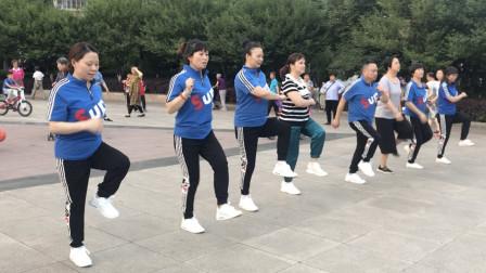 初级入门鬼步舞《弹跳8步》,动感十足,简单易学,适合初学者!