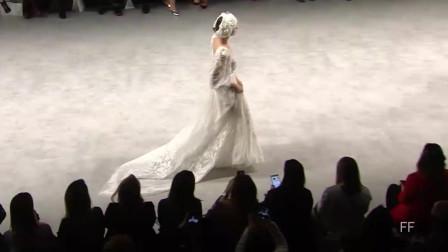 经典T台秀:2019 巴塞罗那时装周 Flora 品牌婚纱秀第六部分