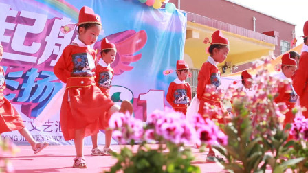 六一儿童节小朋友们舞蹈视频《女驸马》,孩子们真是多才多艺