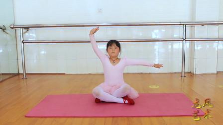 【龙凤艺术】少儿中国舞《寻胡隐君》成员展示7