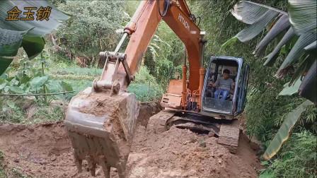 挖掘机开路 挖掘机工作视频