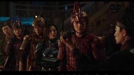 几分钟看完一部冒险电影《长城》男主在长城上与怪兽饕餮生死决战